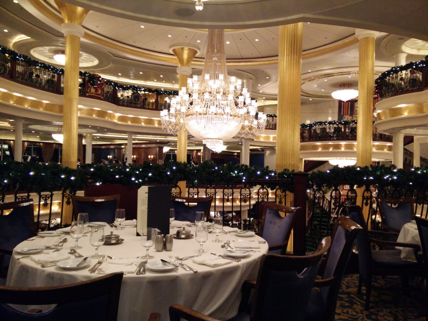 Royal Caribbean Indy - Dining Room