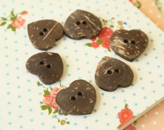Medium Natural Heart Coconut buttons