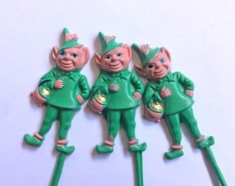 3 CUPCAKE Picks-LEPRECHAUNS-Irish-St. Patrick's Day-Vintage-Green-Kooky Imps-Treat-Plastic Collectible-Party Item-Design Repurpose-Wreaths