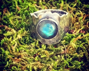 Labradorite Ring and Sterling Silver Handmade in UK, Size S, Gorgeous Large Round Gemstone, Reiki Jewelry, Birthday Gift Her, Statement Ring