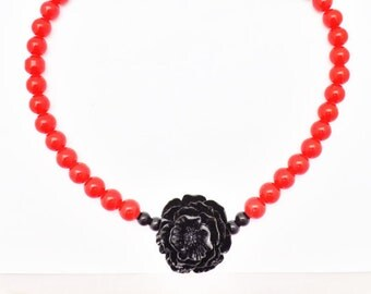 Pinup Red Bead Necklace With Black Rose