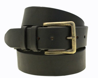 """Made In America Men's 1 1/2"""" Black Bridle Leather Belt With Large Antique Brass Brass Buckle"""