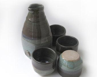 Saki Set