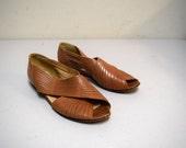 VINTAGE VAN ELI Tan Leather Hurrache Styled Open Toe Flats Mocs Sandals 6 1/2 M