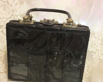 Beautiful  Wicker and Lucite Handbag Made in Hong Kong #14