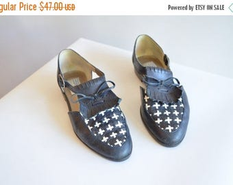30% OFF storewide // Vintage 1980s ESPRIT leather maryjane shoes / 7