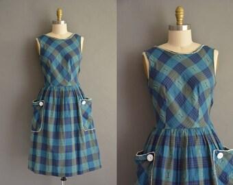 50s blue and green cotton print vintage dress. vintage 1950s dress