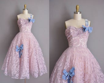 50s vintage dress. 50s lavender pace vintage party prom dress