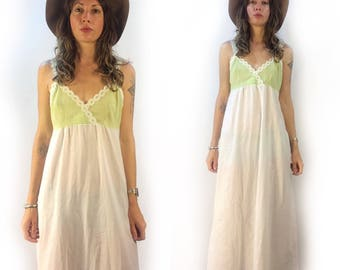 Vintage sears gingham maxi slip dress with floral lace trim // size 32