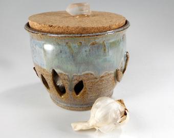 Ceramic garlic keeper, pottery garlic jar, stoneware garlic canister, kitchen garlic storage jar with cork lid, ceramic garlic keeper jar