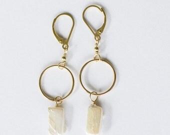 Handmade Earrings / Freshwater Pearls / Rectangle Pearls / White Pearls / Gold Circles / Leverbacks / Gold Dangles / Wedding / Bridal