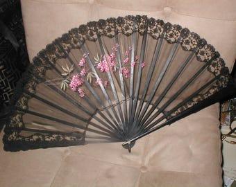 Antique Hand Painted Silk & Lace Folding Fan circa1900