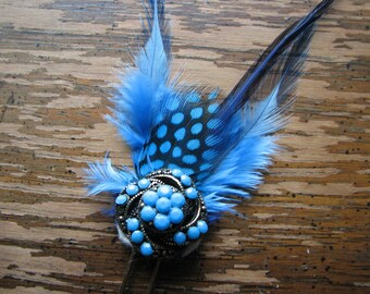Blue hair pin | gold | vintage style | feathers | metal fork | spiral | retro | fascinator