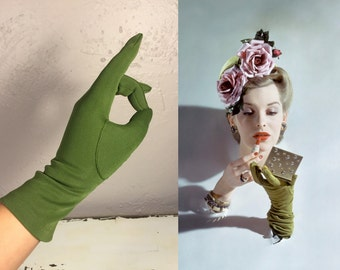 With a Cherry On Top - Vintage 1950s NOS Moss Green Nylon Over the Wrist Gloves - 7/8