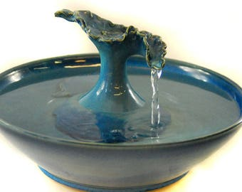 """Cat Water Fountain """"Fluted Blue Leaf"""""""