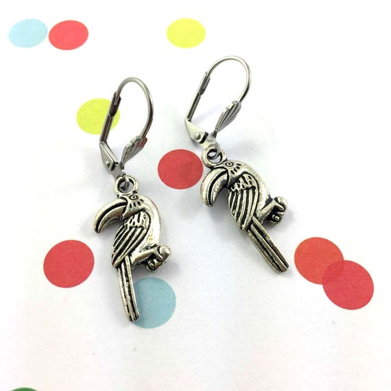 little light toucan Bird silver metal earring charm on hypoallergenic stainless steal hook, les perles rares