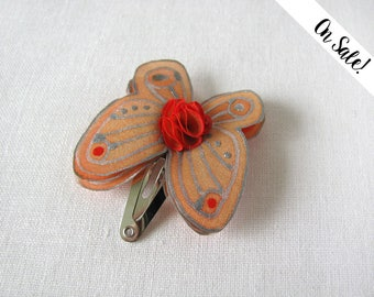 Silver and coral orange silk butterfly - hand painted silk hair pin - snap pin - ***Item on sale*** Previous price : 9.50 EUR