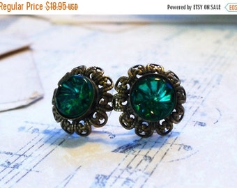 On Sale Lush Meadow Green, Vintage Emerald Green Glass Rhinestones ,Textured Rivoli in Lace Edged Brass Post Earrings by Hollywood Hillbilly