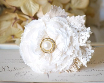 Pearl Hair Piece, Bridal Hairpiece, White Hair Flower, Hair Clips, Flower Clips for Hair, Wedding Hairpiece, Flower Girl, Bridesmaid Hair