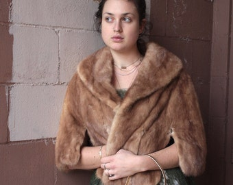 Vintage 1950's Mink Stole // 50s Golden Brown Mink Shawl Cape // Hollywood Winter Glamour // Fur Shawl // Fur Cape