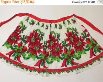 Store Closing SALE Vintage Border Print Apron-Christmas-Poinsettia-Pleated-ORIGINAL Paper Tag