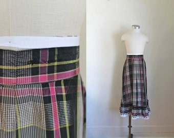 "vintage 1940s girl's skirt - LICORICE plaid taffeta maxi skirt / 23"" waist / 6-8yr"