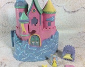 Trendmasters Star Castle 1994 Kids Mini Dollhouse Glittery Sparkly with Accessories and Princess Figure!