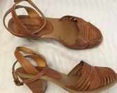 ON SALE NOW 80s Wild Pair Huaraches / ankle wrap huaraches / Caramel leather woven Shoes / size 6