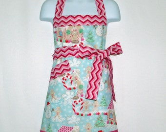 Girl's Christmas Apron, Matching Aprons, Christmas Apron, Gingerbread Apron, Customize With Name, No Shipping Fee, Ready To Ship TODAY 858