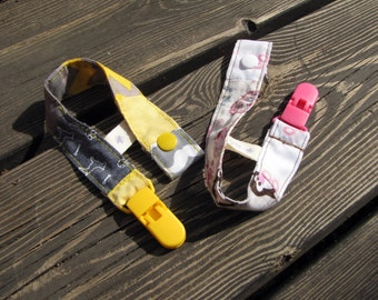 baby shower gift, a pair of pacifier clips, pacifier holder, unisex baby gifts, patchwork gift, baby clip, newborn gift, dummy clip, gift