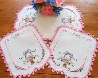Never Used Vintage Hand Embroidered Flower Basket Linen Doilies Dresser Scarves Vanity Scarves