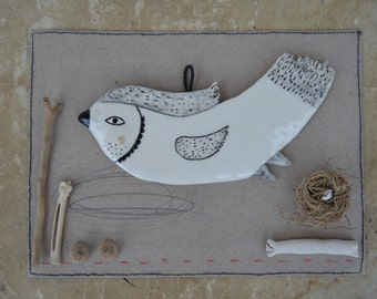 Birdy 1 - Ready to ship - Hanging Decor - Ceramics - Spring Clay Plate