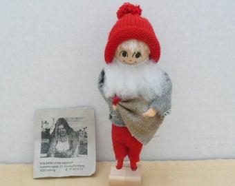 Tolderlund Design, Handmade Tomte Nisse, Handcarved Santa, Elf, Handmade in Denmark, Souvenir of Denmark