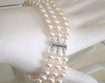 "CLOSING SALE: Ashira Genuine 14k White Gold Natural Sapphire 3 Strand Akoya Pearl Bracelet 6 1/2"""