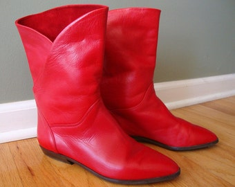 Vintage 1980's Red Leather Bandolino Boots Size 8 AA Near Mint