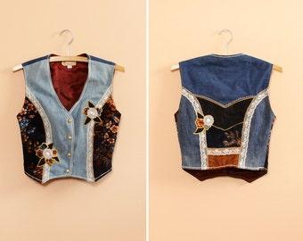 Denim Vest S/M • 70s Vest • Lace Vest • Velvet Vest • Boho Vest • Floral Vest • Boho Vest • Vintage Vest | T471