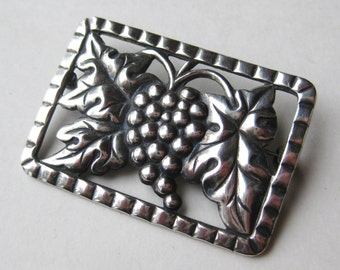 Vintage 40s Art Deco Sterling Silver Grape Leaves Brooch Pin