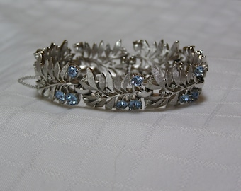 Crown Trifari light blue rhinestone silver tone leaves link chain guard bracelet