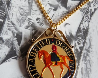Queen Elizabeth Jubilee Royal Souvenir Enamelled Crown Coin Pendant in Sterling Silver Mount