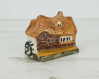 House Figurine Tey Pottery - Small - Miniature - Ornament - Decoration - Brick - Cottage