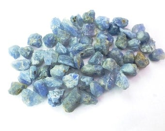 Blue SAPPHiRE. Rough Natural Sapphire crystals. NAtural Unheated Untreated. Blue. Rough. Flat Backs. 8 pc. 15 cts. 7-10mm  (S1806)