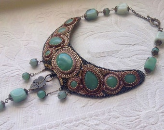 Hand made Necklace with Green aventurine ART NOUVEAU with beadwork frame