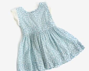 Vintage 40s Girl's Dress / 1940s Little Girl's Novelty Print Cotton Pinafore 2T
