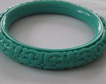 Vintage bracelet, deeply carved teal cinnabar look bangle bracelet, floral bracelet, vintage jewelry