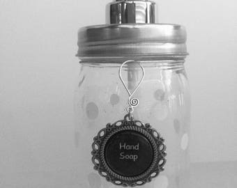 White polka dot mason jar hand soap dispenser - Dish soap dispenser - Lotion dispenser - Organizing labels - Vanity - Pantry