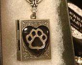 Cat /Dog Paw in Heart - Book LOCKET Necklace (2297)