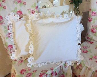 shabby throw pillow w/ battenburg lace trim