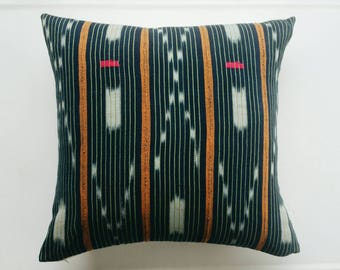 Vintage Baule Pillow Cover - Modern Bohemian Pillow - Tribal  Throw Pillow