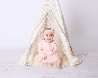 SALE Dreamy Lace Teepee in Baby Size