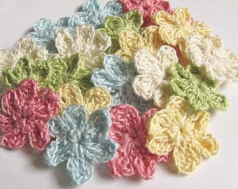 Small Crochet Flowers - Vintage Inspired Colors - 20 Total